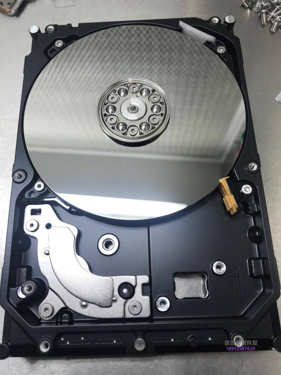 ST4000DM004通电异响敲盘几秒停转希捷台式机硬盘开盘数据恢复完美成功